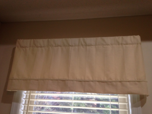 BEFORE: Old valance